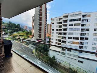 Una vista del horizonte de una ciudad en una ciudad en VENTA APARTAMENTO SECTOR ABADIA ENVIGADO