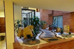 Apartamento en venta en Cedritos de 70m²