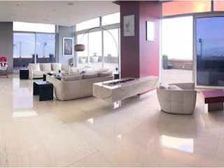 Un grupo de personas sentadas en una habitación en Departamento en venta en Santa Fe Cuajimalpa con Piscina...