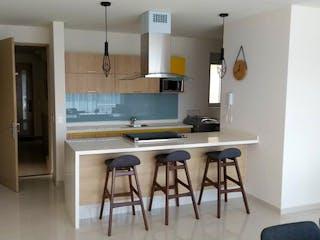Una cocina con una mesa y una nevera en Departamento en venta en Modelo Pensil, 156m² con Gimnasio...