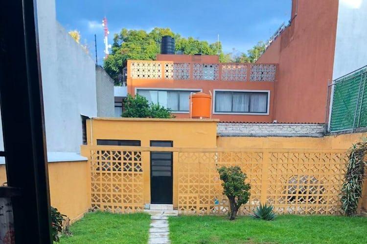 Portada Casa en venta en Col. Acacias, 225 m² con uso de suelo