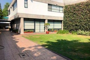 Casa en venta en Col. Florida, 445 m² con gran estacionamiento