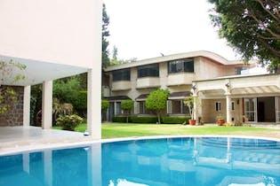 Casa en venta en Jardines del Pedregal, 800 m² con alberca
