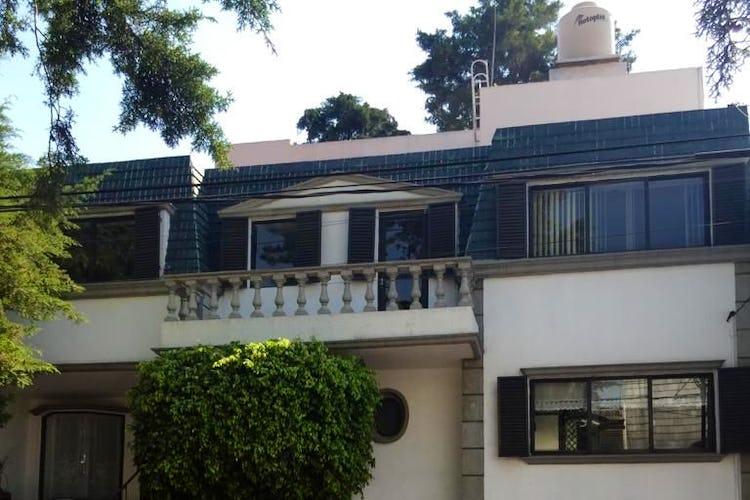 Portada Casa en venta en Col. Florida, 380 m² con jardín y patio