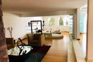 Casa en venta en Bosque de las Lomas 1,539 m² con salón de usos múltiples