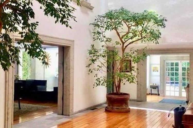 Portada Casa en venta Bosques de las Lomas con 4 estacionamientos