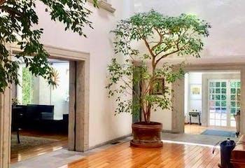 Casa en venta Bosques de las Lomas con 4 estacionamientos