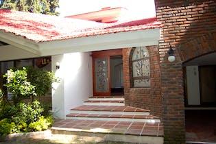 Casa en condominio en venta en Lomas de Reforma 787 m² con terraza