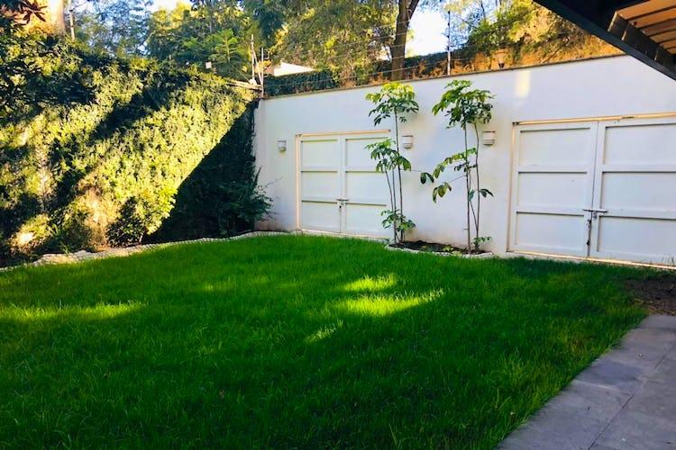 Portada Casa en venta en San Angel Inn, 450 m² recién remodelada