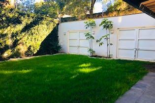 Casa en venta en San Angel Inn, 450 m² recién remodelada