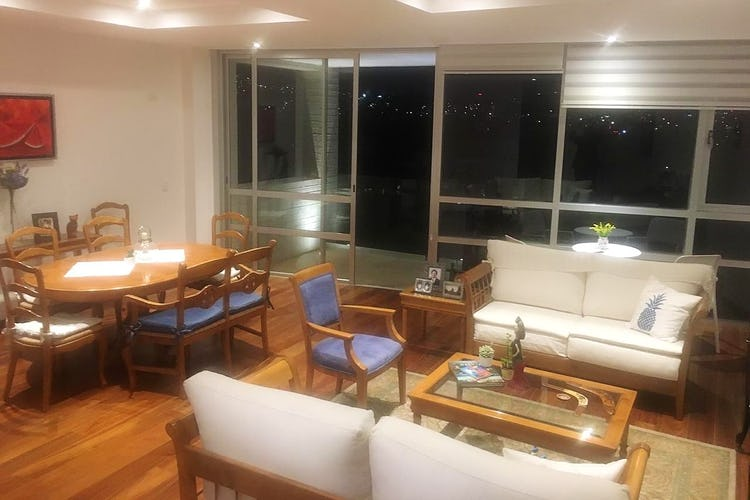 Portada Departamento en venta en Lomas del Pedregal, 190 m² con balcón