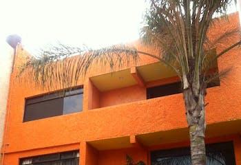 Casa con uso de suelo en Tlalpan   con terraza 350 m²