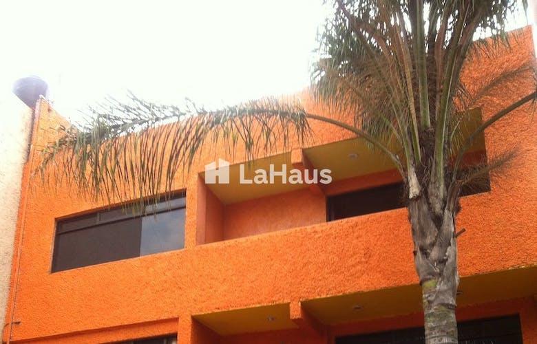 Casa Con Uso De Suelo En Tlalpan Con Terraza 350 M