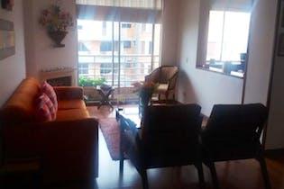 Apartamento en venta en Barrio Colina Campestre de tres habitaciones