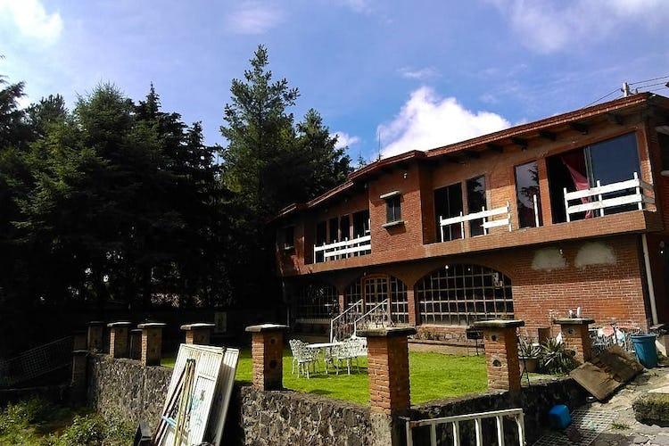 Portada Casa en venta en Santo Tomas Ajusco, 600 m² con jardín