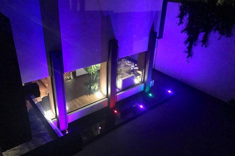 Portada Casa en venta en Jardines del Pedregal, 1,200 m² con alberca