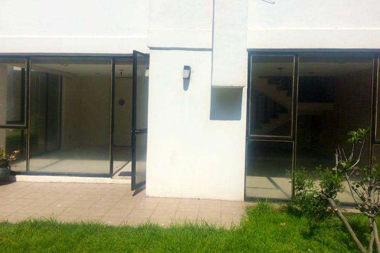 Portada Casa con uso de suelo en venta en Alvaro Obregon  235 m²