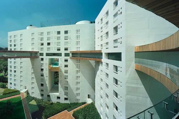 Portada Departamento en venta en Lomas de Bezares, 295.8 m² con alberca