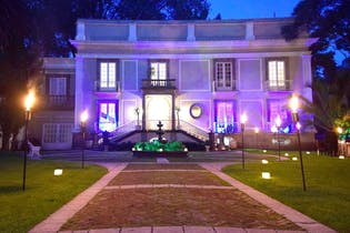 Casa en venta en Barrio La Concepción, 1,100 m² con alberca