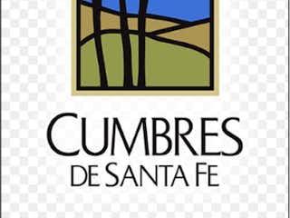 Un primer plano de una señal en una pared en Casa en Venta en Cumbres de Santa Fe Cuajimalpa de Morelos