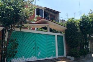 Casa en venta en  Pedregal de Santa Úrsula Xitla 220 m² con terraza
