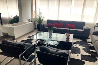 Apartamento en Bogota Santa Barbara Central - dúplex, con sala con chimenea