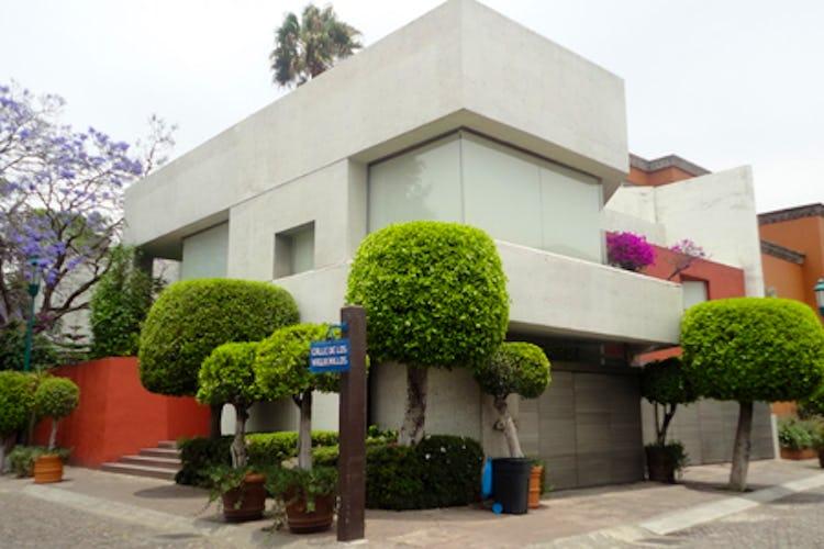 Portada Casa en venta en Pedregal 780m2 con jardín