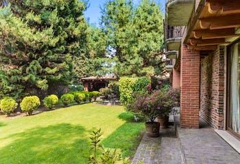 Casa en venta en Chimalcoyotl 550m2 con Jardín