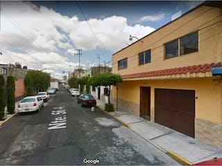 Casa en venta en Tablas de San Agustín, Ciudad de México