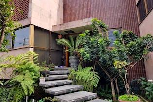 Casa en venta en Santa Úrsula Xitla, 433 m² con jardín