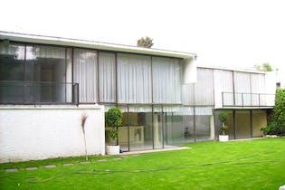 Casa en Jardines del Pedregal, 650 m² con jardín