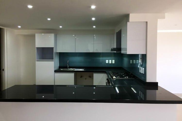 Portada Departamento en venta en Acacias, 244 m² con balcón