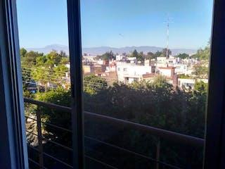 Una vista de una ciudad desde una ventana en Departamento en venta en El Retoño de 56m² con Jardín...