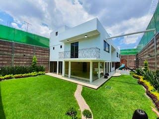Casa en venta en Santa María Aztahuacán, Ciudad de México