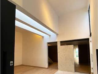 Una habitación que tiene una cama en ella en Casa en Venta en Lomas de Vista Hermosa Cuajimalpa de Morelos