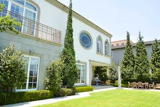 Casa en venta en Bosques de las Lomas, 1,250 m² en condominio