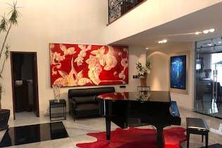 Casa en venta en San Angel Inn, 900 m² con jardín