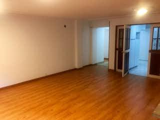 Una habitación que tiene un suelo de madera en ella en Apartamento En Venta En Bogota Chico