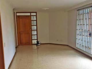 Una habitación que tiene una ventana en ella en Apartamento en venta en Los Almendros, 200mt