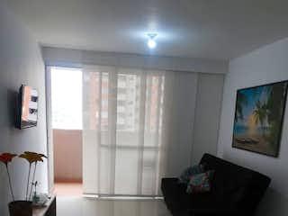 Una sala de estar llena de muebles y una televisión de pantalla plana en Apartamento en venta en Virgen del Carmen, de 67mtrs2