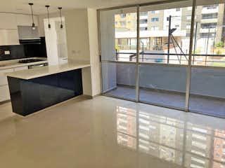 Una cocina con un gran ventanal en ella en Apartamento en venta en San Germán, de 68mtrs2