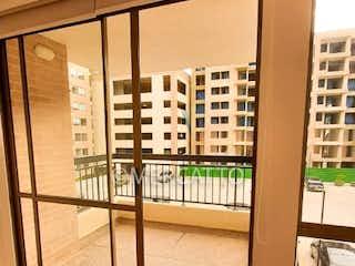 Una imagen de una cocina con una ventana en Venta / Renta Apartamento Cajica