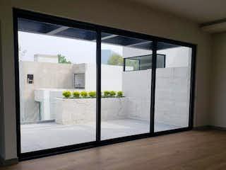 Una vista de una habitación con un gran ventanal en Rincon de Tlacopac 12