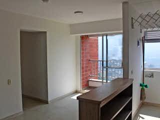 Una cocina con una ventana y una mesa en ella en Apartamento en venta en Rodeo Alto, de 55mtrs2