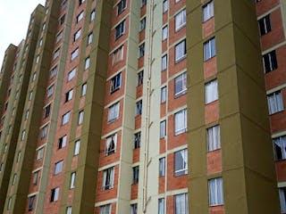 Un edificio alto con un reloj en él en Apartamento en Venta SAN ANTONIO DEL PRADO