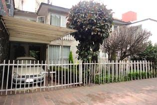 Casa en condominio en Tizapan, Álvaro Obregón, en dos niveles