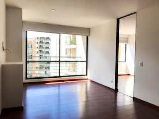 Una vista de una sala de estar y una sala de estar en Apartamento En Venta En Bogota Cedritos