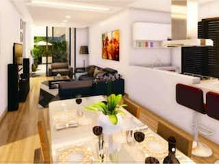 Una sala de estar llena de muebles y una mesa en Departamento en venta en Nápoles de 2 alcobas