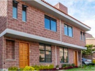 Un edificio de ladrillo con un edificio de ladrillo rojo en Casa en venta en Lomas De Tonalco, 178m² con Jardín...