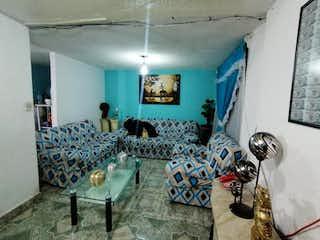 Una sala de estar llena de muchos muebles en Casa en Venta en C.T.M. El Risco Gustavo A. Madero